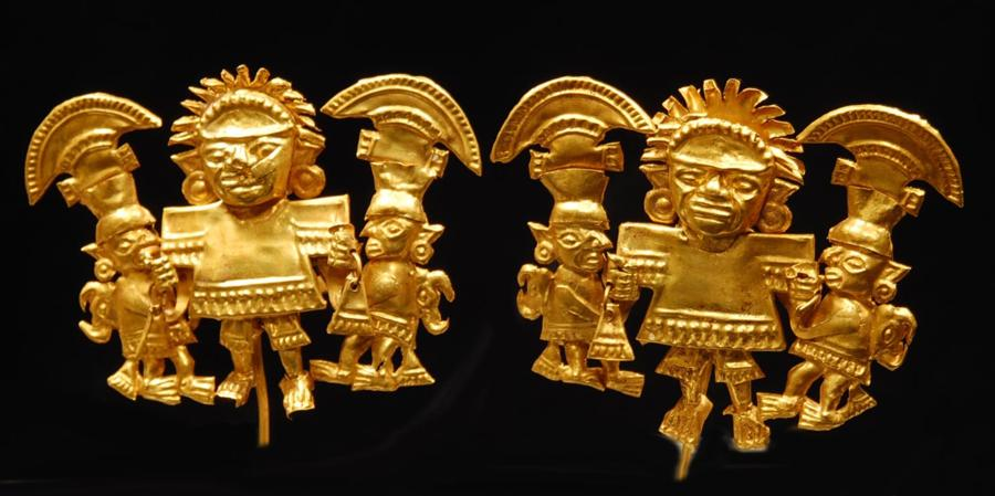 Pair of Chimu Gold Appliques: Musicians and Attendants