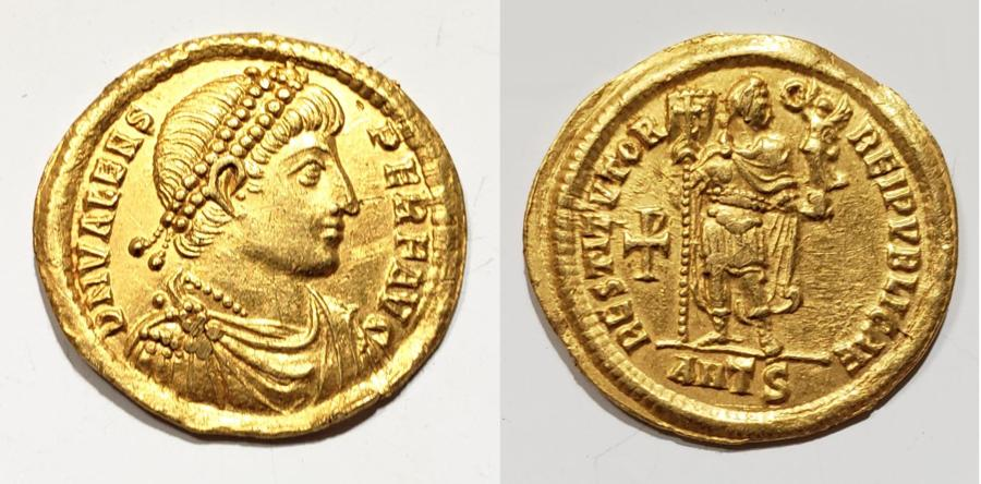 Byzantine Gold Solidus with the Emperor Valens